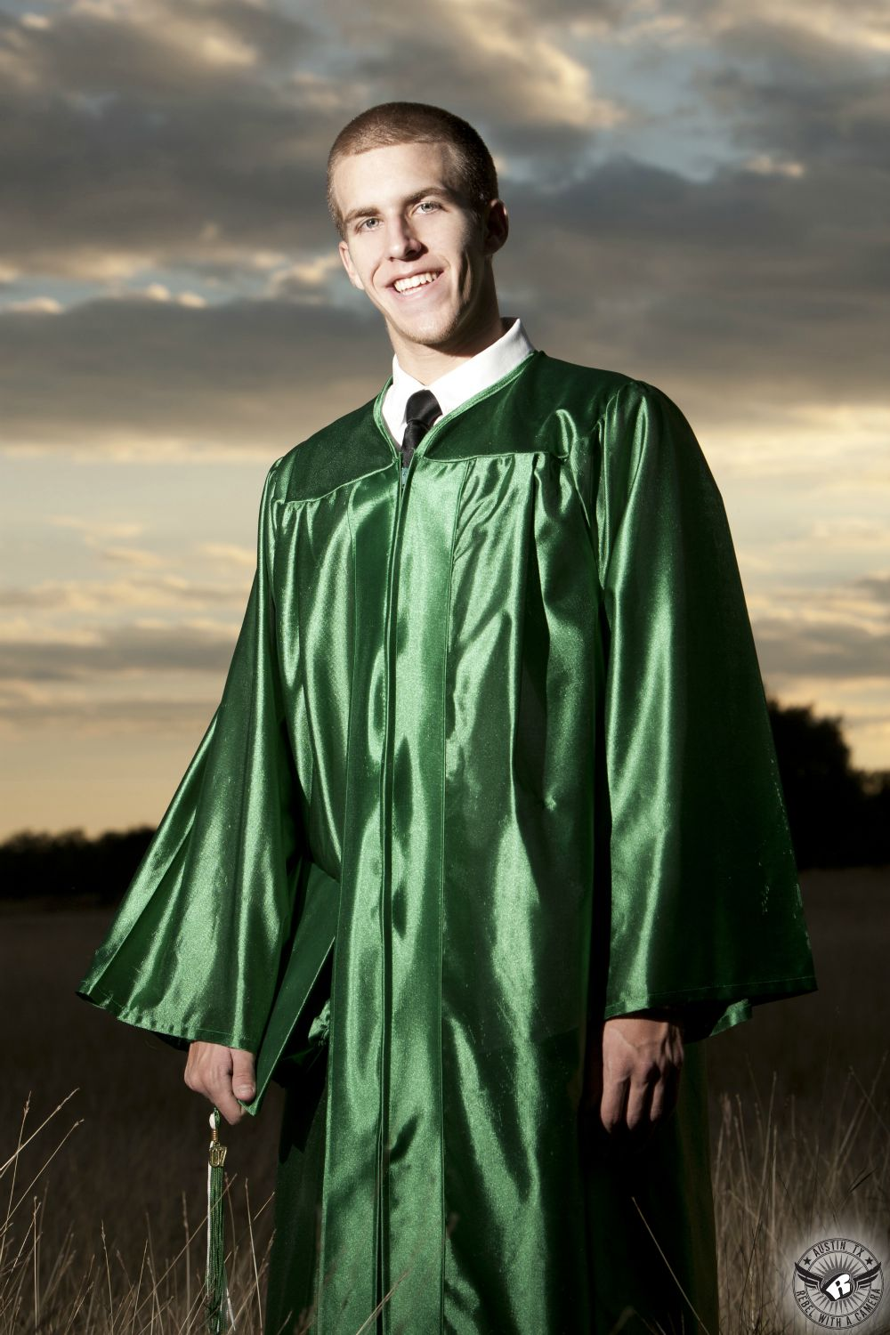 Magnificent Green Cap And Gown Model - Wedding and flowers ...